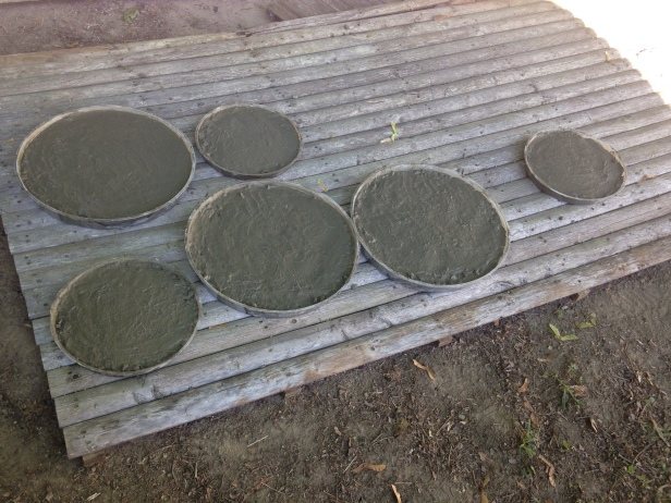 concrete-circles-drying